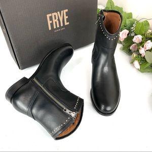 Frye Melissa stud short black boots size 7.5B (A19